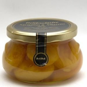 Aprikoosit Amaretto-liemessä