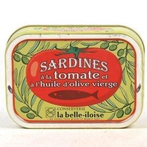 Sardiineja tomaatissa ja oliiviöljyssä